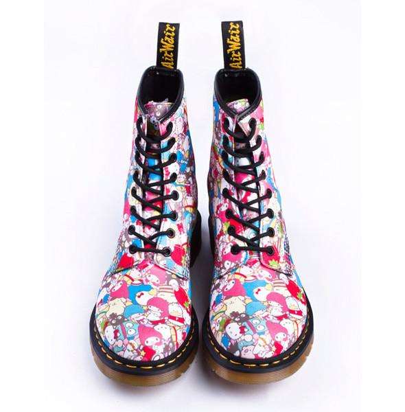Sanrio сделали коллекцию обуви для Dr. Martens. Изображение № 1.