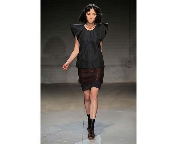 Неделя моды в Нью-Йорке: первые показы. Изображение № 60.