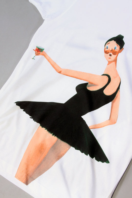 Изображение 1. Джордж Кондо разукрасил футболки Канье Уэста.. Изображение № 2.