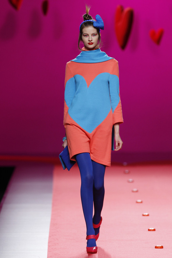 Испанцы Fall Winter 2011/2012: AGATHA RUIZ DE LA PRADA. Изображение № 9.