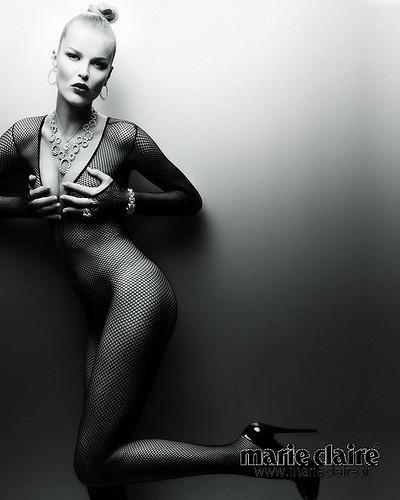 Календарь Marie Claire 2010. Изображение № 11.