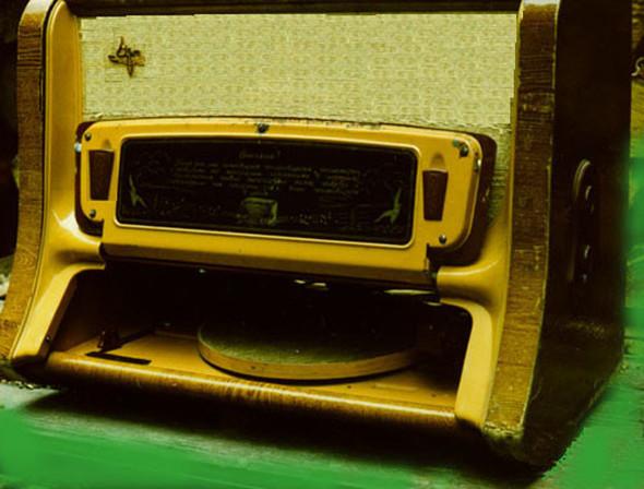 Радиоприемники в стиле ретро. Изображение № 34.