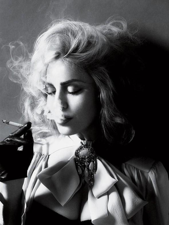 Мадонна в фото Мерта Аласа и Маркуса Пигготта для журнала Interview. Изображение № 4.