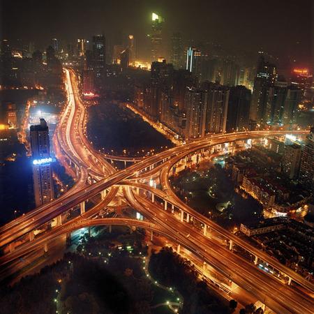 Мегаполисы ночью Гонконг, Дубаи, Нью-Йорк, Шанхай. Изображение № 18.