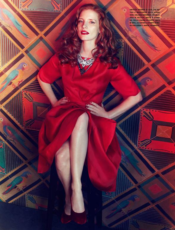 Съёмки: Harper's Bazaar, Interview, Vogue и другие. Изображение № 30.