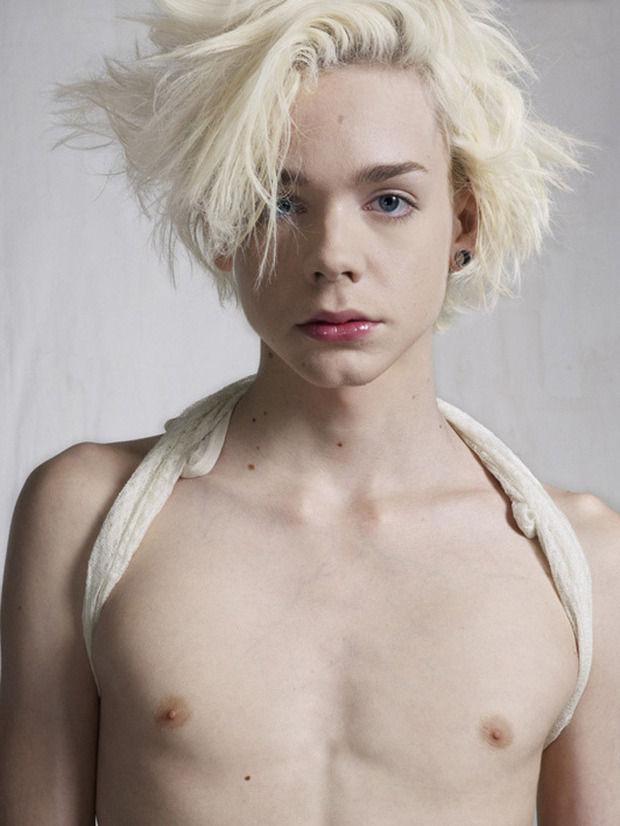 Bettina Rheims. Гендерные исследования. Изображение № 2.