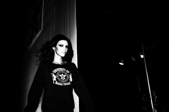 BACKSTAGE Masha Tsigal A/W 13 / foto by Ross Laurence. Изображение № 33.