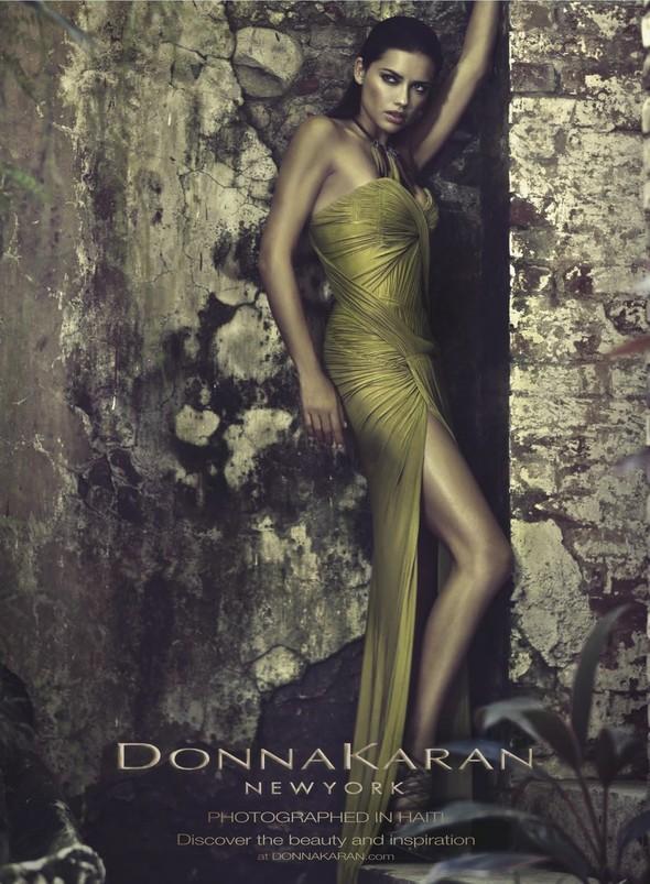 Превью кампаний: YSL, Donna Karan, Max Mara и Nina Ricci. Изображение № 2.