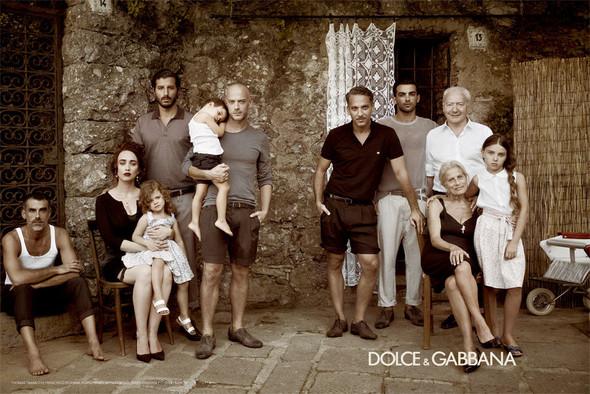 Кампания: Dolce & Gabbana SS 2012 Men. Изображение № 2.