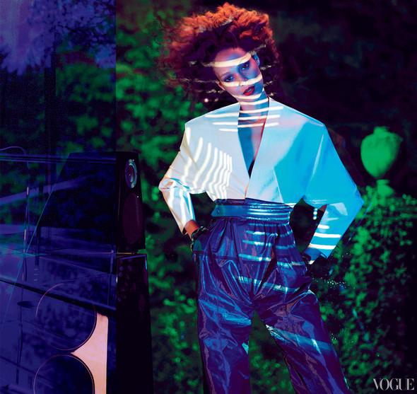 Новые съемки: Vogue, 25 Magazine, Exit. Изображение № 43.