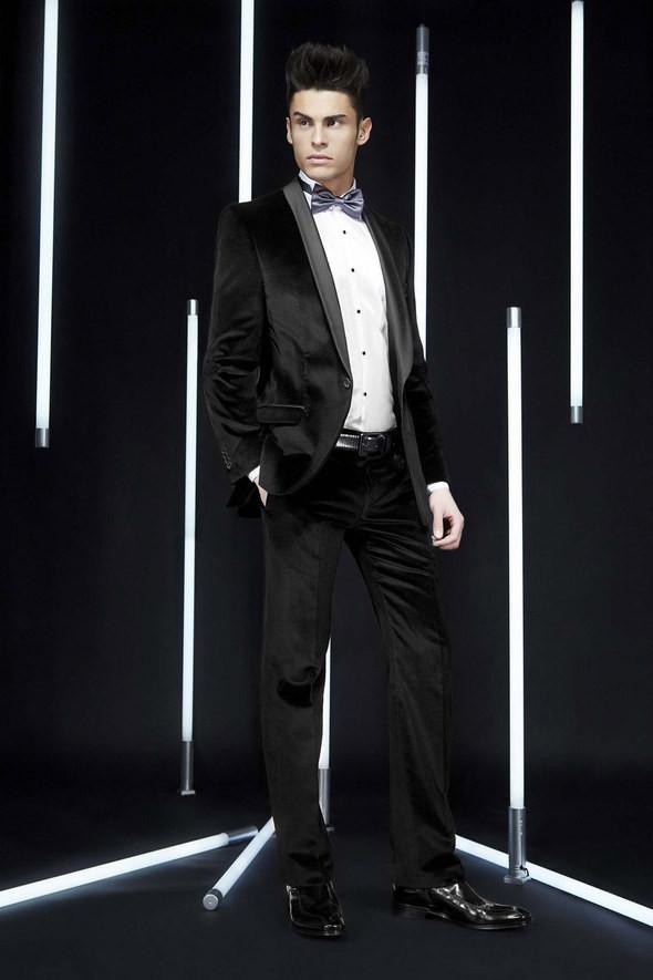 Изображение 37. Лукбуки: Bergdorf Goodman, Lagerfeld и Armani Exchange.. Изображение № 36.