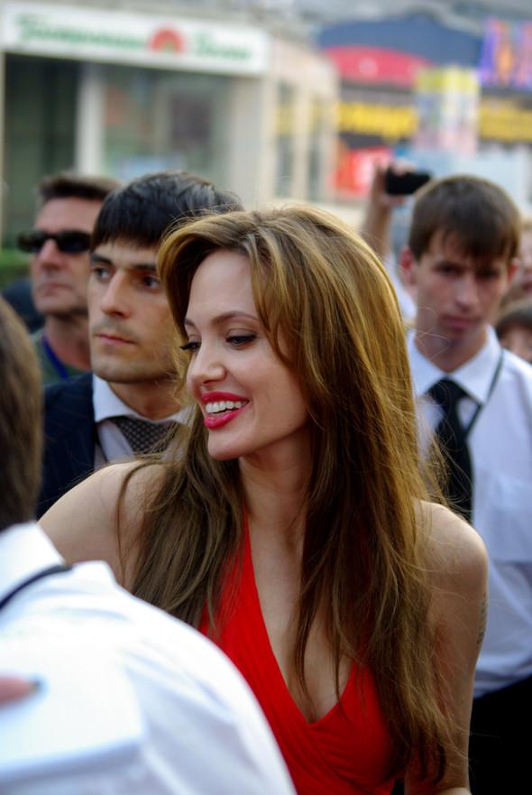Анджелина нагревает Москву. Изображение № 10.