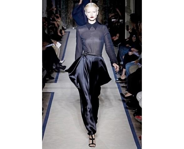 Изображение 9. Стефано Пилати вновь остается в Yves Saint Laurent.. Изображение № 9.