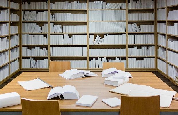 Я советую всем записаться в библиотеку. Изображение № 1.