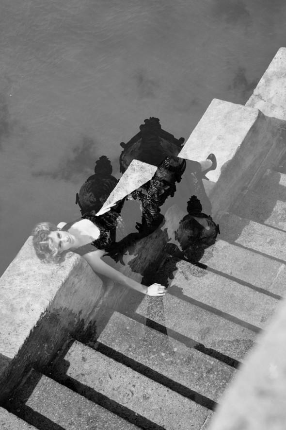 Съемка Douceur для сентябрьского номера болгарского MODA. Изображение № 7.