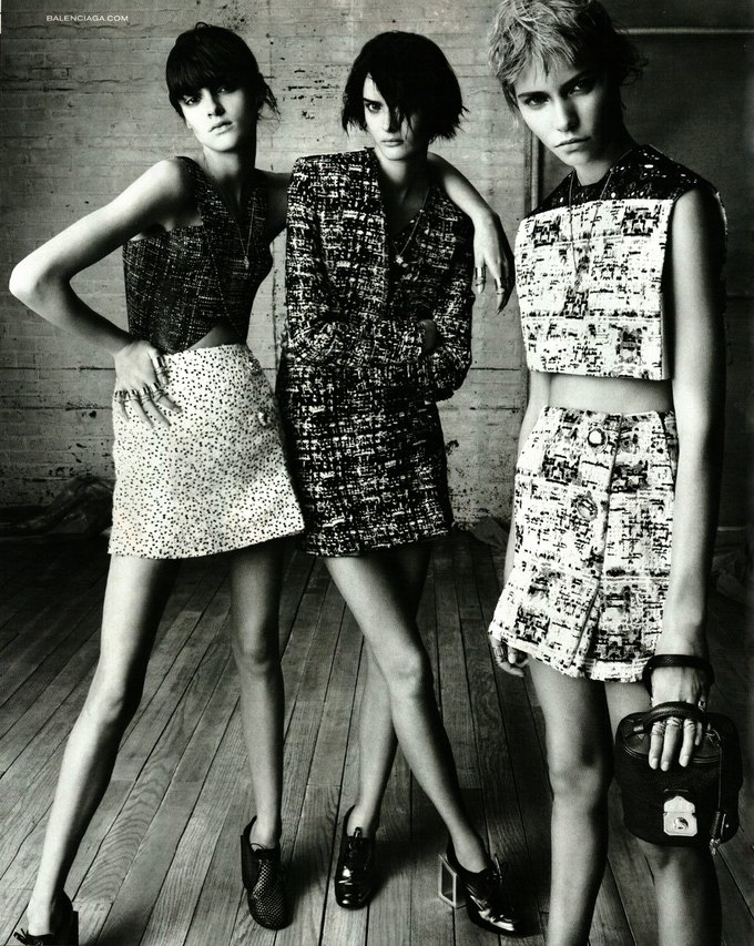 Balenciaga, Jean Paul Gaultier и Versace выпустили кампании. Изображение № 2.