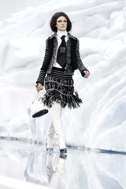 Ледяное шоу от Chanel. Изображение № 23.