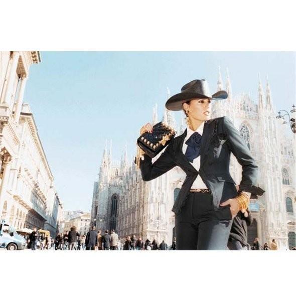 Новые рекламные кампании: Max Mara, Moschino и Calliope. Изображение № 10.