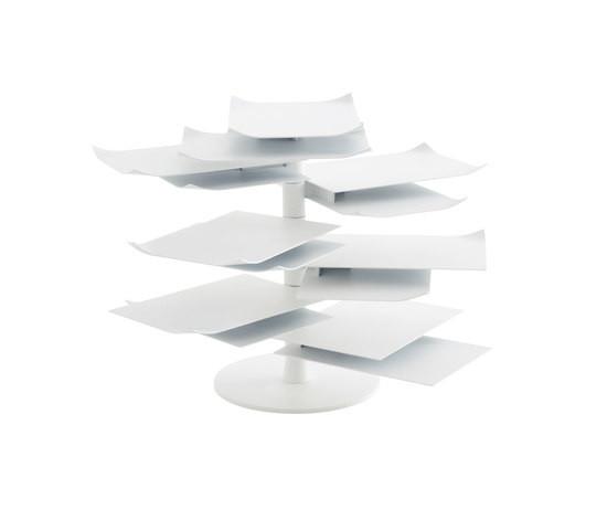 Ligne Roset 2011: столик PAPER TABLE. Изображение № 2.
