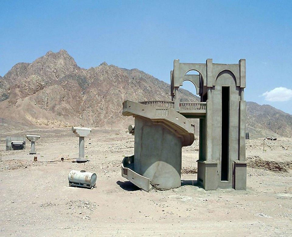 Что осталось от роскошных гостиниц в египетской пустыне. Изображение № 9.