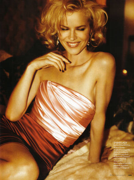 EvaHerzigova, Elle Italy July 2009. Изображение № 6.