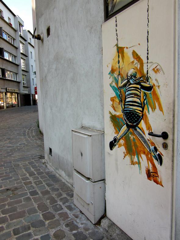 Алиса в Париже. Изображение № 34.