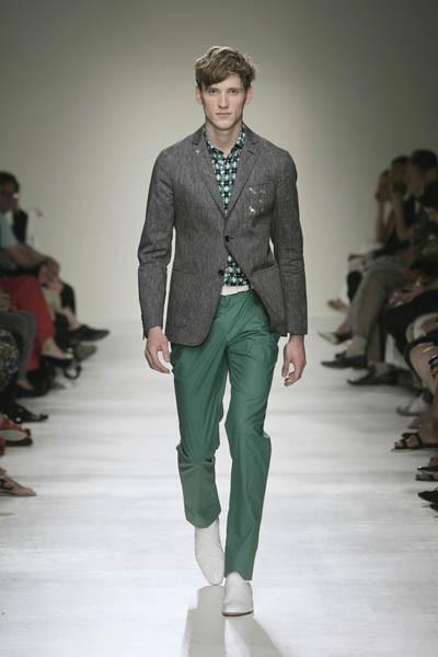 Moschino : шутник ихулиган итальянской моды. Изображение № 28.