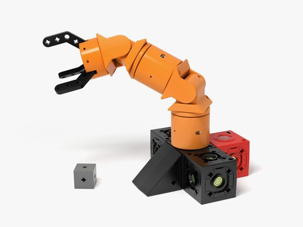 Своего робота можно будет построить из кубиков. Изображение № 3.