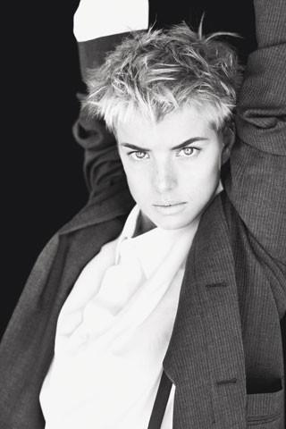 Архивная съёмка: Агнесс Дейн для W, 2007. Изображение № 8.