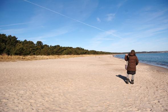 Германия: Балтийское море, пустынные пляжи заброшенного курорта и старинный поезд на острове Рюген. Изображение № 50.