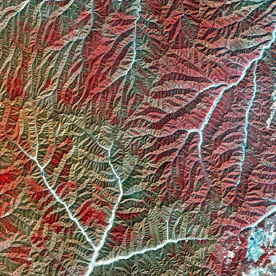 Как выглядит Китай: Сюрреалистичные фотографии из космоса. Изображение № 1.