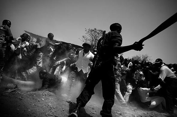 Кокаин - ахиллесова пята Африки. Фото Марко Вернасчи. Изображение № 9.