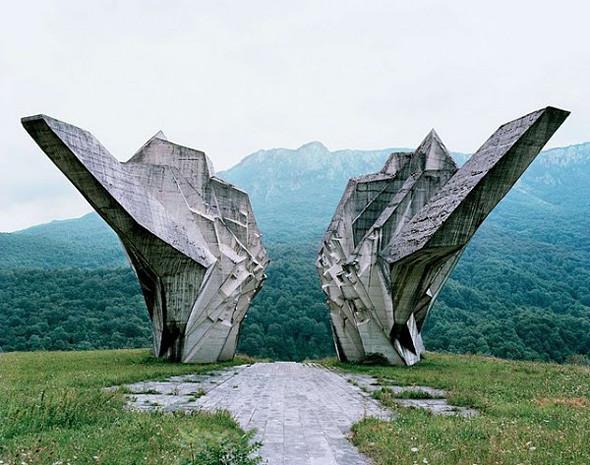Арт-альбомы недели: 10 книг об утопической архитектуре. Изображение № 65.