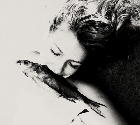 ЮляНиконова «Рыбы нельют слез, онивних живут». Изображение № 6.
