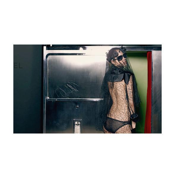 Превью кампании: Chanel FW 2011. Изображение № 11.