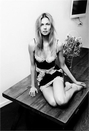 Лукбук: Белье Stella McCartney SS 2012. Изображение № 6.