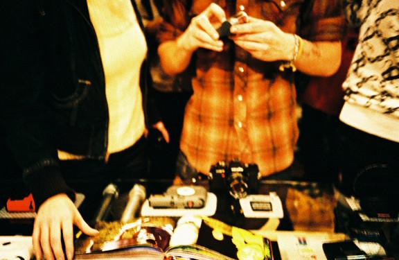 Галерея-магазин Ломографии вНью-Йорке. Изображение № 38.