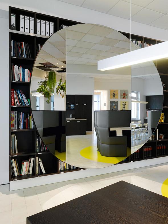 Новый офис для Ippolito Fleitz Group. Изображение № 10.