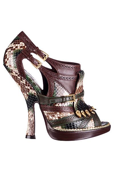 Dior не будут выпускать обувь с красной подошвой. Изображение № 4.