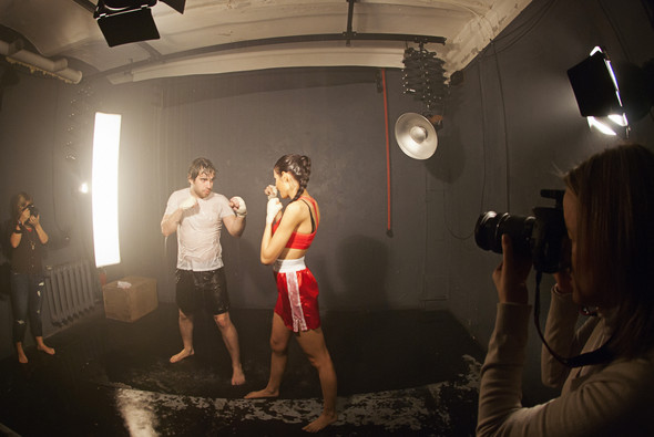 """Бэкстейдж со съёмок в аква студии в духе """"бойцовского клуба"""". Изображение № 2."""