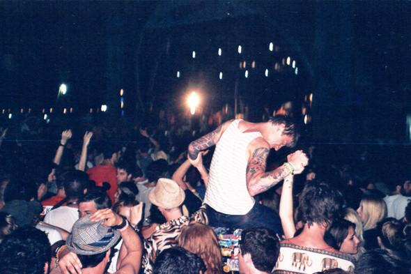 Фестиваль Benicassim в Барселоне: Ночные танцы, дни на пляже и алко-маршрут Хемингуэя. Изображение № 10.