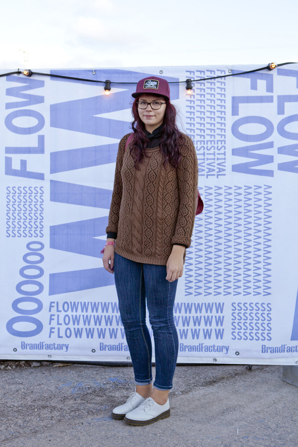 Пайетки, новая готика и андрогинность: Люди на фестивале Flow. Изображение № 17.