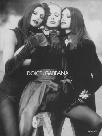 Архивная съёмка: Кейт Мосс, Тайра Бэнкс и другие для Dolce & Gabbana FW 1992. Изображение № 5.