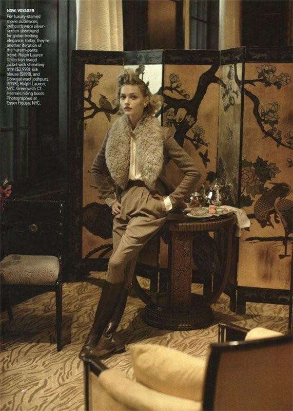 InThe Mood. Vogue US September 2009. Изображение № 4.