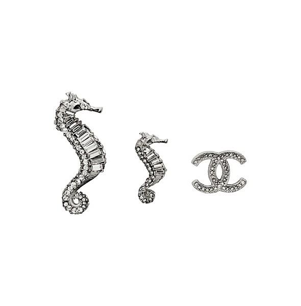 Изображение 88. Лукбуки: Chanel, D&G, Manolo Blahnik и другие.. Изображение № 88.