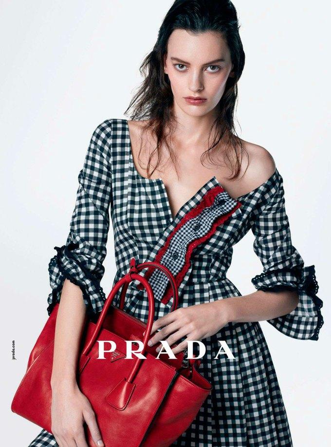Вышли новые кампании Acne, Dior и Prada. Изображение № 3.