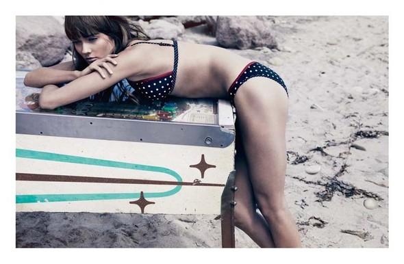 Life's a beach: Пляжные съемки. Изображение № 41.