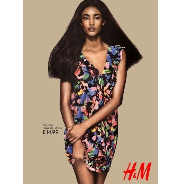Рекламные кампании: H&M, Benetton и другие. Изображение № 7.
