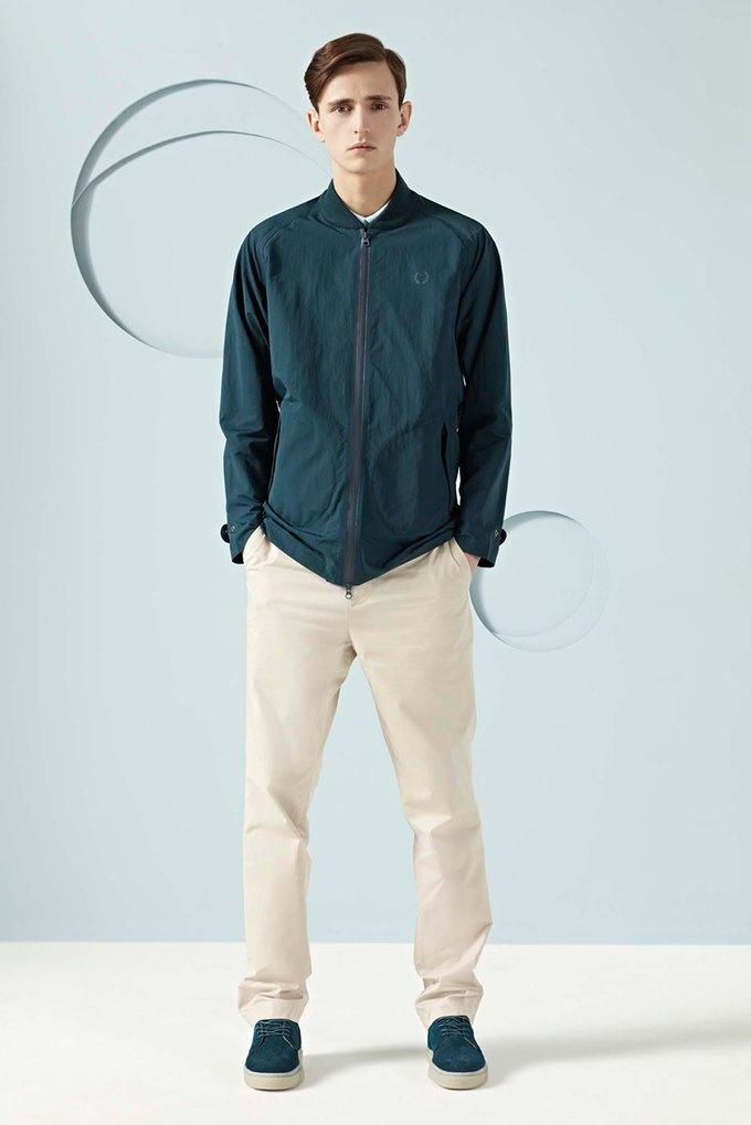 Вышли новые лукбуки Burberry, Fred Perry и Louis Vuitton. Изображение № 35.