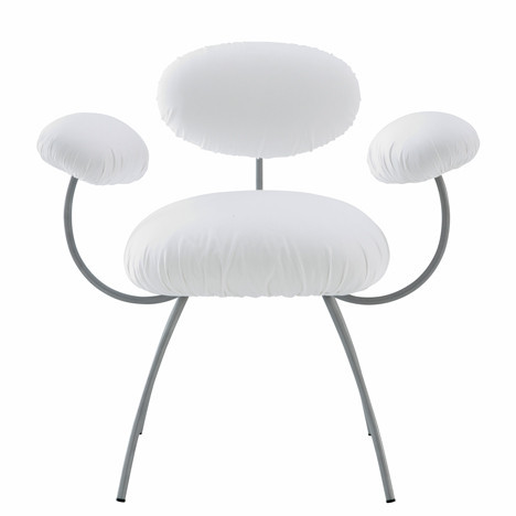 Кресло SAINT JAMES от архитектора Жана Нувеля. Изображение № 1.